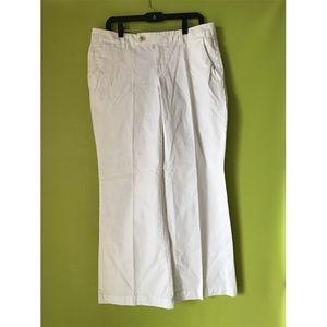 a.n.a. Wide Boot Leg Low Waist White Pants 12